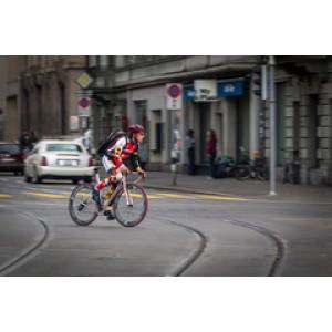 Как безопасно передвигаться по городу на велосипеде